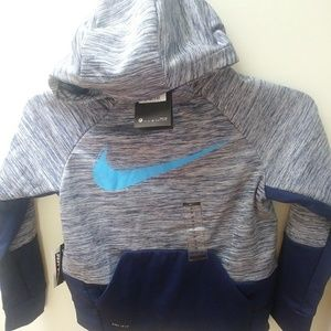 Little boys Nike dri-fit loose sweater size M